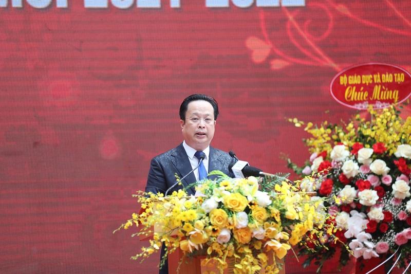 Giám đốc Sở GD-ĐT Trần Thế Cương phát biểu tại Lễ khai giảng