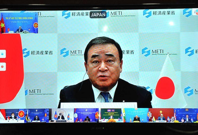 Các Hội nghị tham vấn cấp Bộ trưởng Kinh tế giữa ASEAN và các nước đối tác Trung Quốc, Hàn Quốc, Thụy sỹ đã lần lượt diễn ra theo hình thức trực tuyến