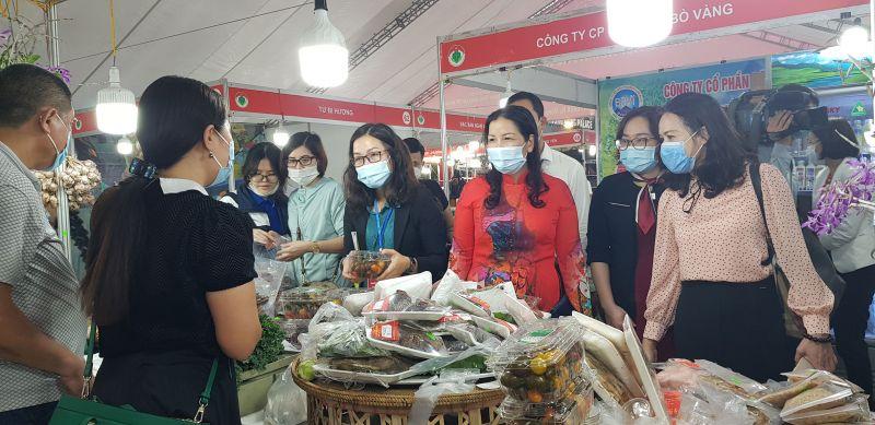 Chương trình tuần hàng Việt được tổ chức trước khi Hà Nội thực hiện giãn cách.