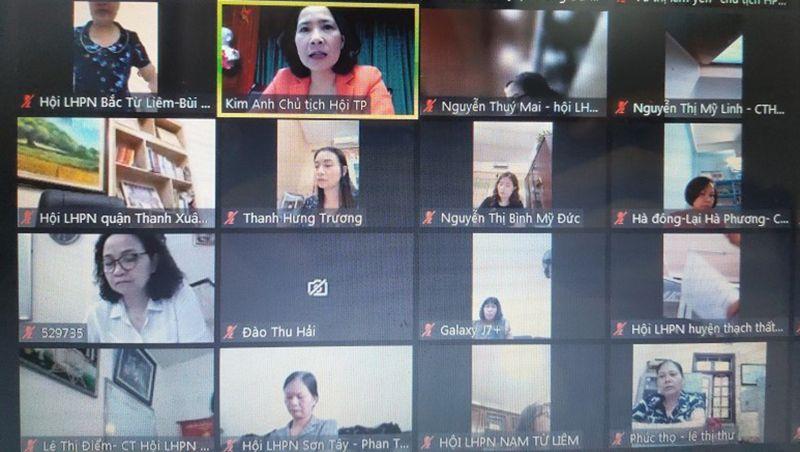Đồng chí Lê Kim Anh – Chủ tịch Hội LHPN Hà Nội chủ trì hội nghị giao ban bằng hình thức trực tuyến