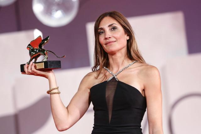 """Đạo diễn Audrey Diwan, phim """"Happening"""" nhận giải thưởng cao nhất tại LHP Venice 2021."""