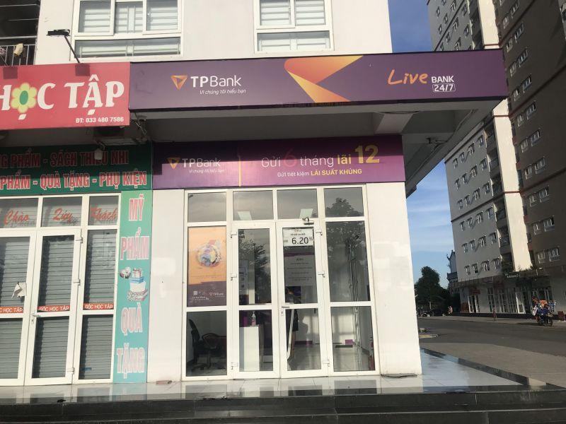 Ngân hàng TPBank bị khách hàng tố về việc ép buộc phải mua bảo hiểm theo chỉ định.