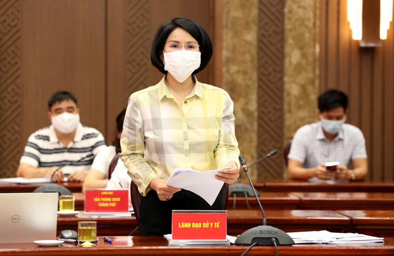 Giám đốc Sở Y tế Hà Nội Trần Thị Nhị Hà báo cáo tại hội nghị