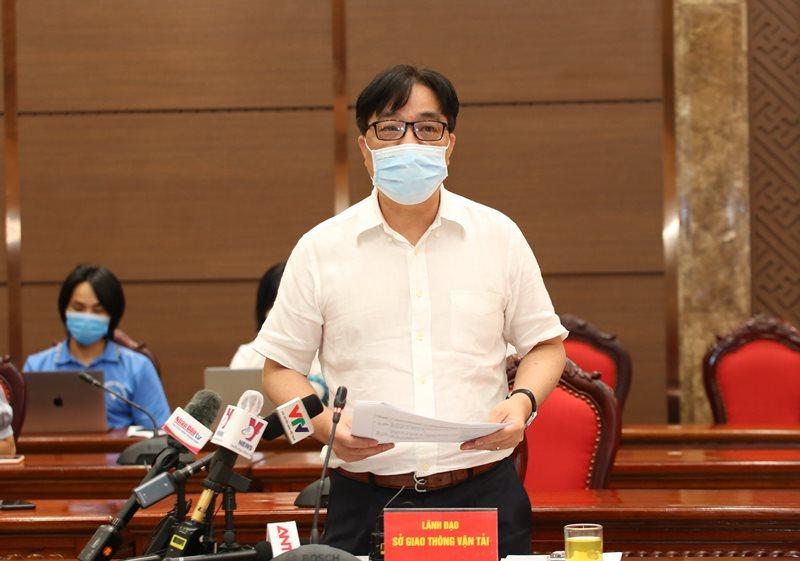 Giám đốc Sở GTVT Hà Nội Vũ Văn Viện thông tin tại hội nghị