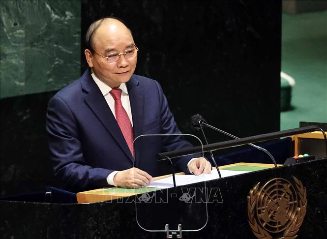 Chủ tịch nước Nguyễn Xuân Phúc phát biểu tại Phiên thảo luận Cấp cao Đại hội đồng Đại hội đồng Liên hợp quốc lần thứ 76. Ảnh: Thống Nhất/TTXVN