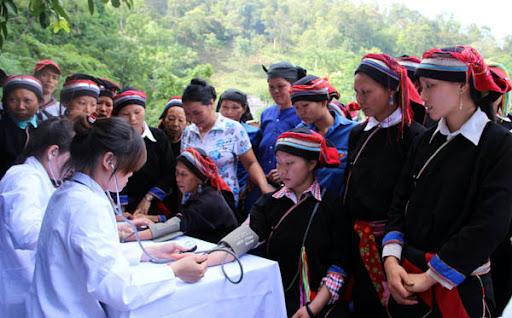 Chăm sóc sức khỏe bà mẹ, trẻ em ở vùng núi, vùng dân tộc thiểu số chính là nâng cao chất lượng dân số, góp bảo đảm sự phát triển bền vững