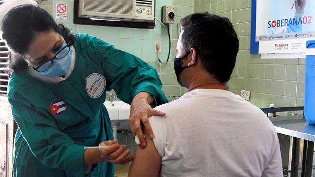 Khoảng 86,5% cư dân thủ đô La Habana đã được tiêm vaccine phòng COVID-19 do Cuba tự phát triển.