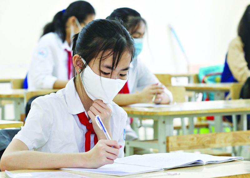 Năm học 2021-2022 học sinh Hà Nội sẽ được hỗ trợ giảm 50% học phí. Ảnh minh họa