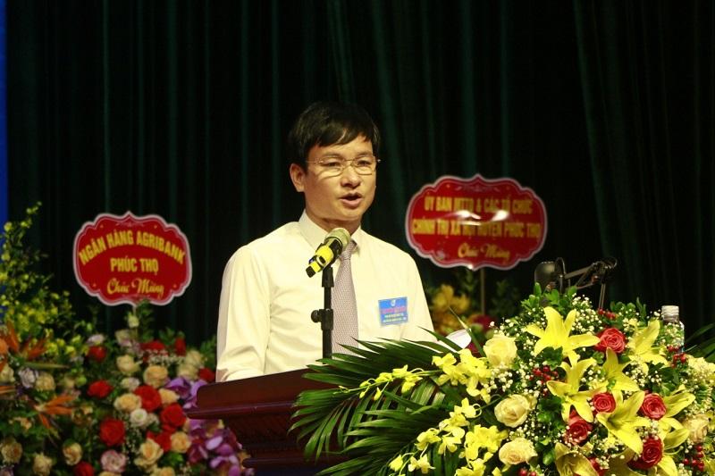Đồng chí Nguyễn Doãn Hoàn, Thành ủy viên, Bí thư Huyện ủy Phúc Thọ  phát biểu tại Đại hội