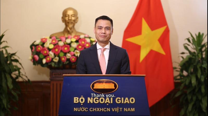 Thứ trưởng Bộ Ngoại giao Việt Nam Đặng Hoàng Giang phát biểu chào mừng