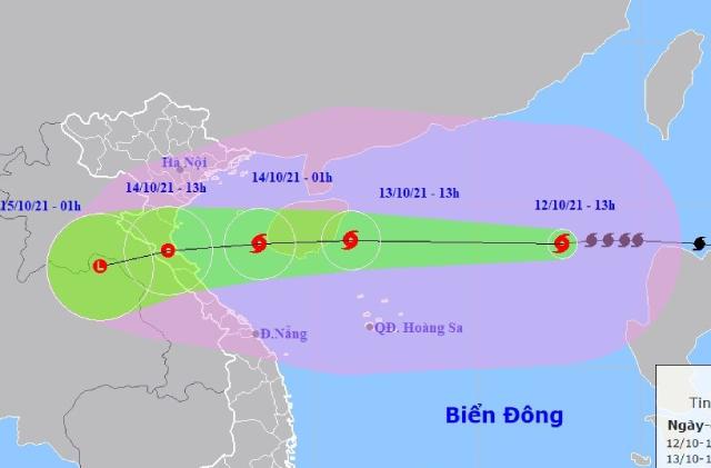 Dự báo vị trí và đường đi của bão KOMPASU. Ảnh NCHMF