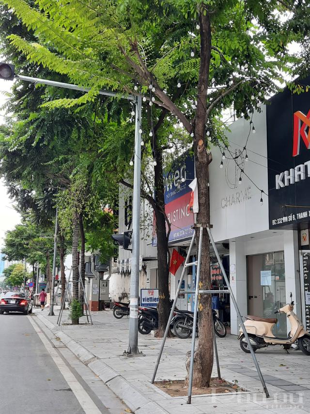 Tình trạng tương tự ở đường Nguyễn Trãi, Thanh Xuân.