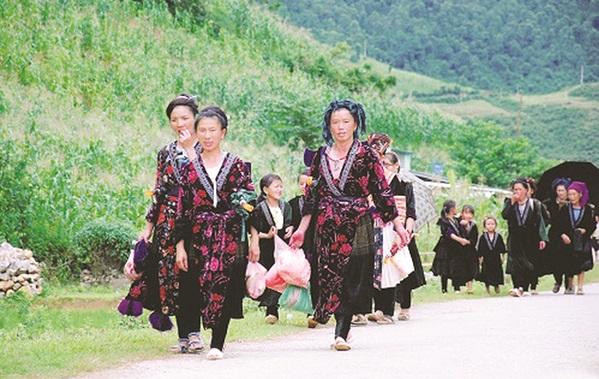 Lao động nữ di cư người dân tộc thiểu số (ảnh: Int)