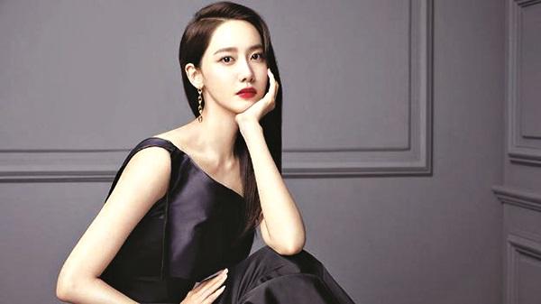 """Yoona coi việc cấp ẩm cho da là """"chìa khoá"""" giúp ngăn da bị khô  trong mùa đông."""