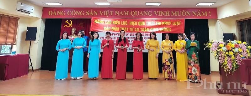 3 Đội tuyển đến từ Hội LHPN các phường và đơn vị đến từ cụm thi đua số 2 của Hội LHPN quận Hoàn Kiếm